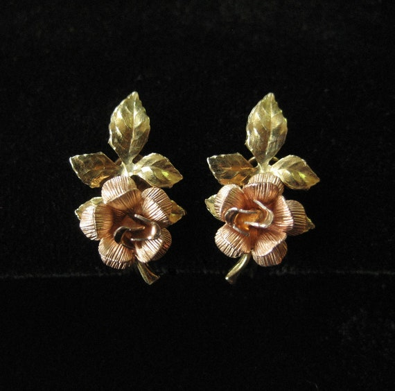 Dainty Krementz Rose Earrings, Screw Back Findings