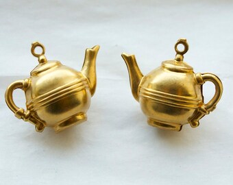 3 Vintage Brass Teapot Charms // Tea for Two Pendants // NOS Jewelry Supply