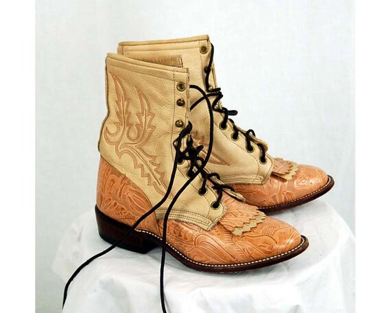 Vintage cowboy cowgirl Western Roper leather ankle boots two toned  Larry Mahan womans size 6