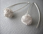 scribble earrings - 1small.ball.silver
