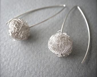 scribble earrings - 1small.ball.silver