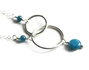 Apatite and Silver Interlocking Circles Necklace