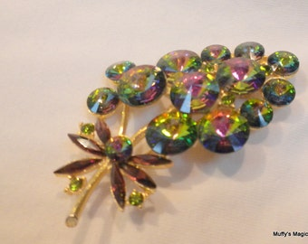 Weiss Watermelon Rivoli Rhinestone Brooch Floral Flower Design