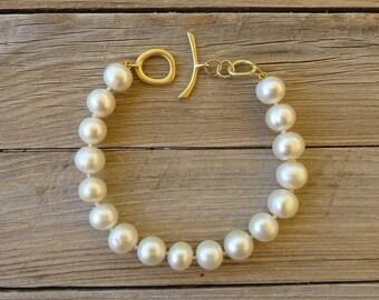 Pearl Bracelet, 18K Gold Bracelet, White Freshwater Pearl Gold Bracelet, Pearl Jewelry