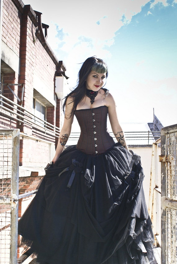 STUNNING very full Tulle and Satin Ballskirt Victorian Gothic