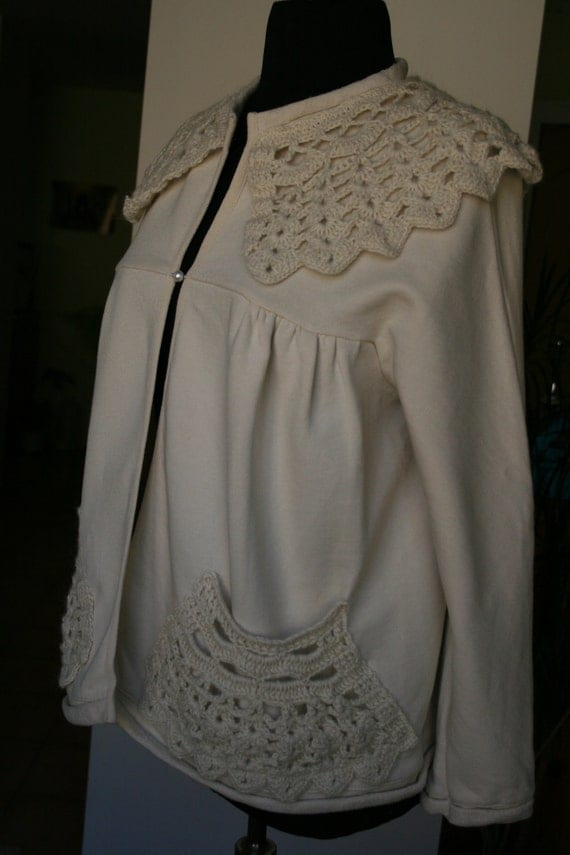 SALE Cotton jacket with crocheted collar