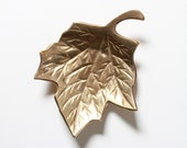 Vintage Brass Leaf  -  Solid Brass Leaf Tray - Small Jewelry Tray