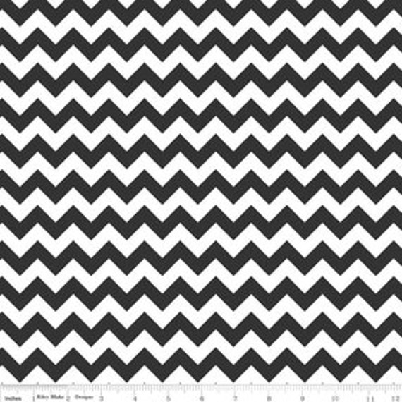 Chevron Zig Zag Fabric 1 cm Wide RB small size White and Black