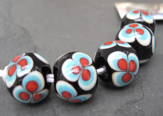 Kaz Baildon Pop Flowers Bead Set FHF SRA UK - Ready to Ship