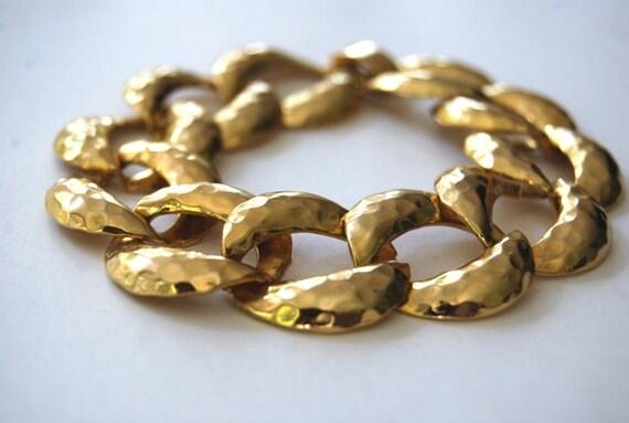 Vintage Bracelet, Retro, 1980's, Hammered, Gold Tone Curb Chain Linked Bracelet