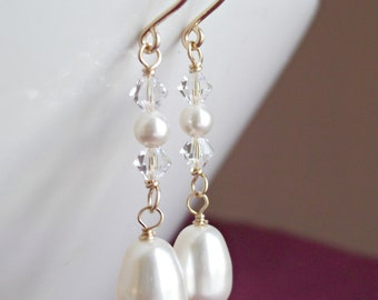 Bridal earrings, Bridal pearl dangle, Swarovski ivory or white pearl, 14k Gold filled or silver earrings, Wedding jewelry, Bridesmaid gifts