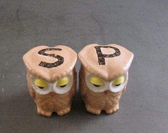 Sleepy Vintage Owl Salt and Pepper Shakers