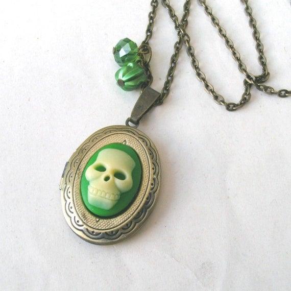 Skull Locket Necklace, Skull Necklace, Green Skull, Pirate Necklace, Death Necklace
