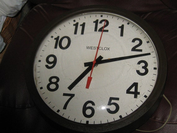 Vintage Westclox Big Numbers Wall Clock Brown Industrial