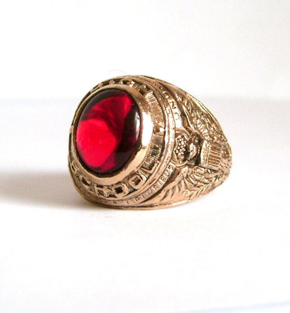 Vintage High School Class Ring Ruby Red Stone Uncas