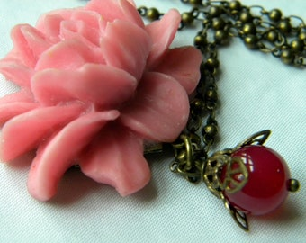 Vintage Look Deep Pink Rose Necklace