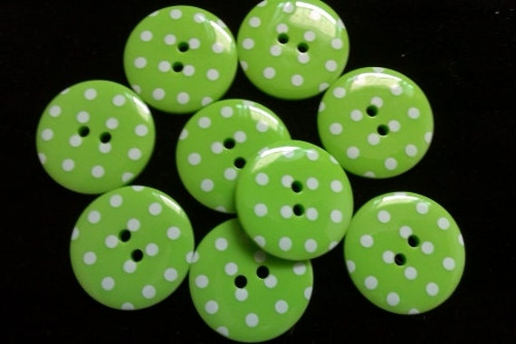 26 pcs Cute Retro Polka dot Buttons 18 mm Green