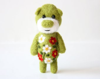 SUMMER SALE! -40% !!  Pocket green ornamented bear 46