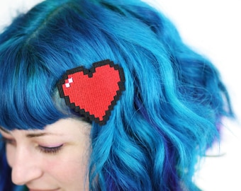 SALE - Pixel Heart Hair Clip, Retro Gaming Barrette, Red and Other Colour Choices - Christmas In July CIJ