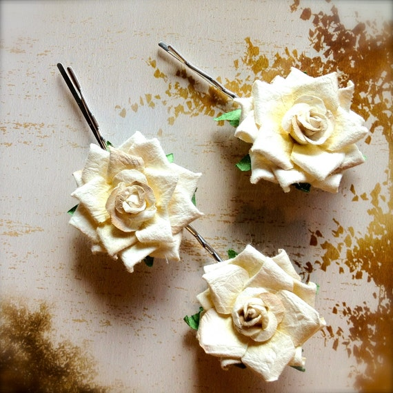 Sale-- Romantic cream petite bobby pins. Add casual or formal touch of elegance to any hairstyle. Ready to ship..