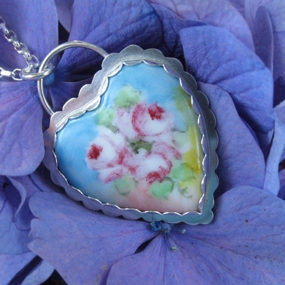 Sale was 120.00 now 100.00 Vintage Porcelain and Silver Necklace
