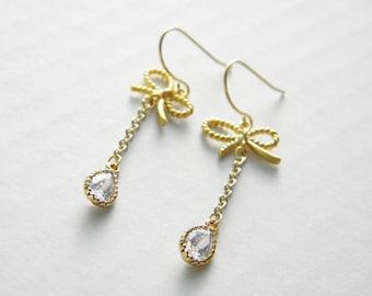 Little bow dangle earrings -