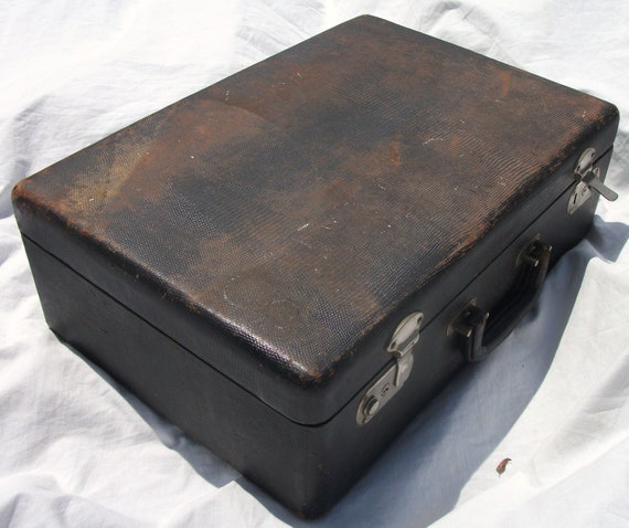 Good Quality Antique Black Paper Over Wood 17 x 12 x 5 Two Latch Accessorys Suitcase (Its Already 20 % Discount)