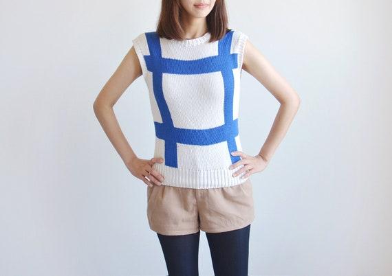 Vintage Liz Claiborne petite blue and white knit vest.
