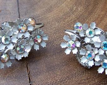 White Metal Flower Bouquet Floral Clip Earrings