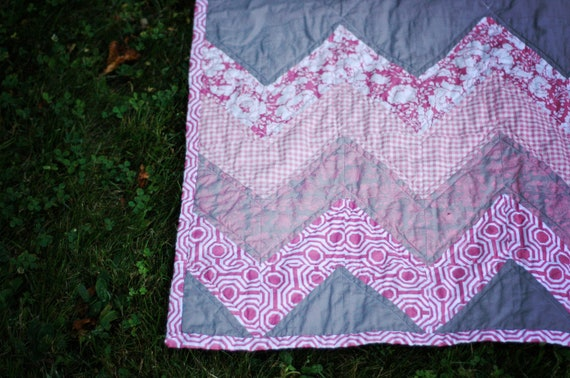 Baby Quilt in Chevron Pattern of Pinks and Grays