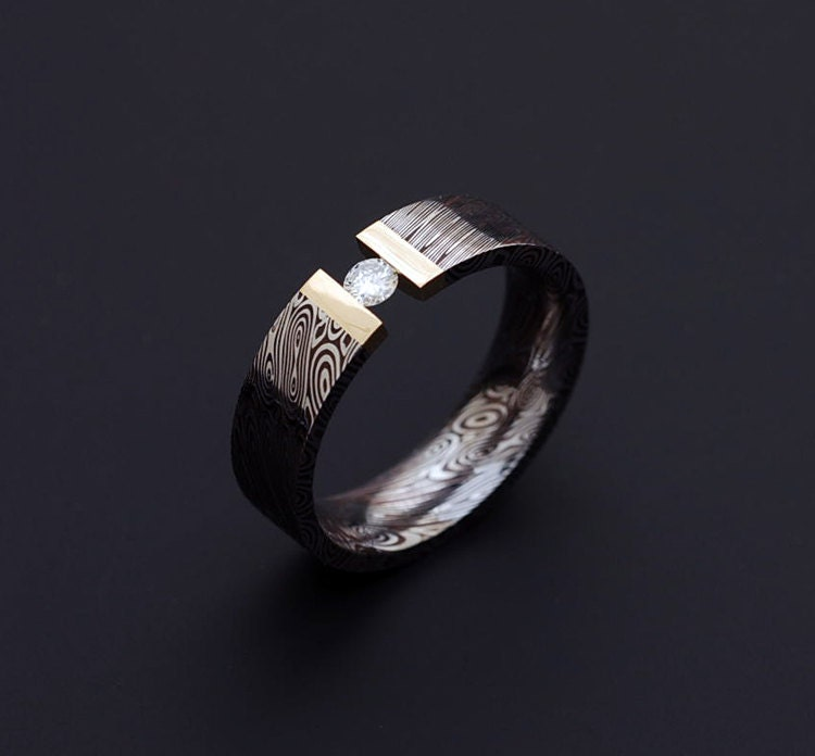Genuine Stainless Damascus Steel with 18K Yellow Gold and
