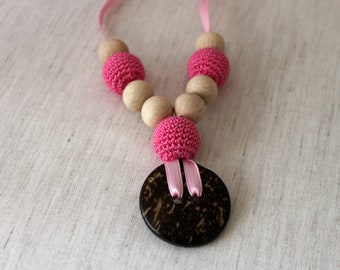 Coconut Button Pink Nursing Necklace /  Breastfeeding Necklace/Crochet Pendant / Teething necklace / Crochet Accessory