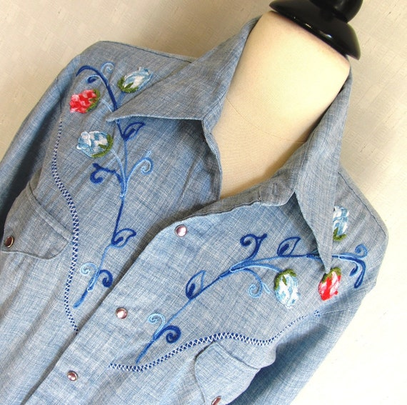 Embroidered Western Hippie Shirt Pearl Snaps Chambray Vintage70s Top Cowgirl Groovy Boho Sears