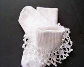 Lacey Crochet Ruffle Trimmed Socks 3-5T