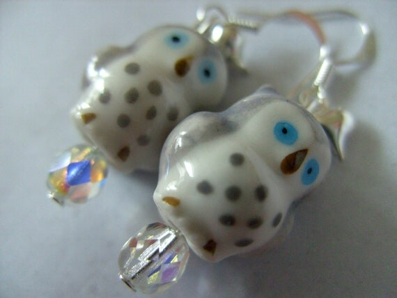 I LOVE OWLS, Sweet, Grey and white, Ceramic, owl, love hearts, earrings, by NewellsJewels on etsy
