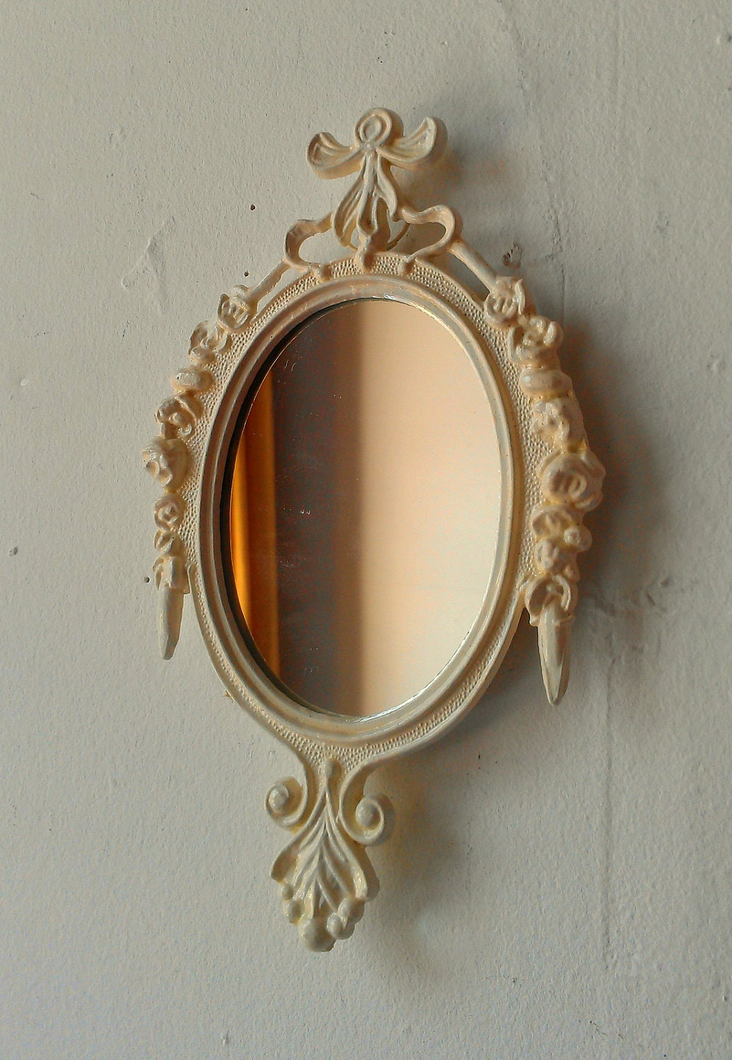 Decorative Wall Mirror In Small Vintage Off White Frame