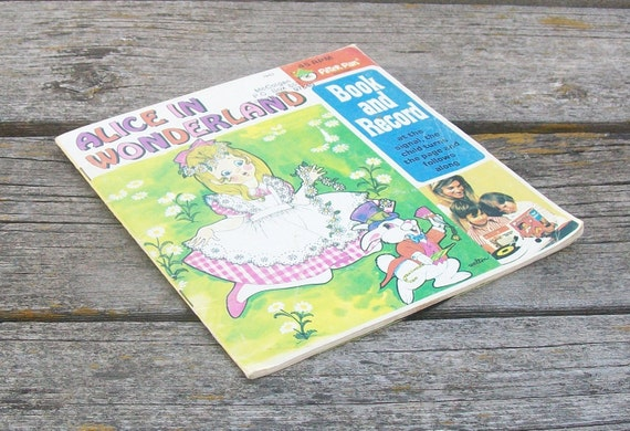 Vintage Alice in Wonderland book and record Peter Pan Records 1970s