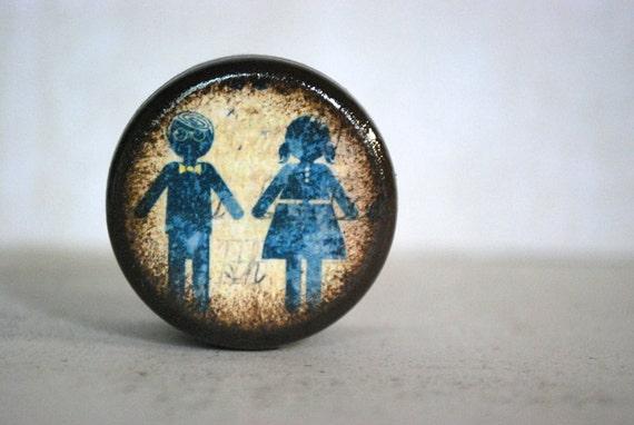 Boy And Girl Pill Box - Stocking Stuffers