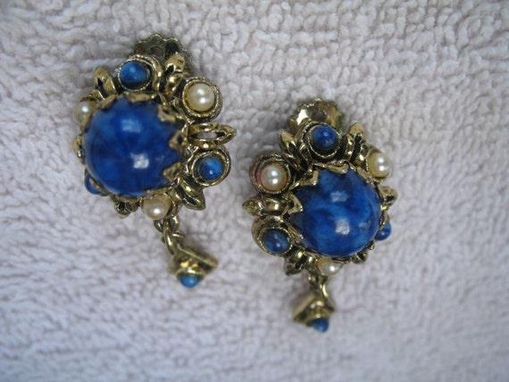 Vintage Lapis Dangle Earrings........Clip On.......Blue......