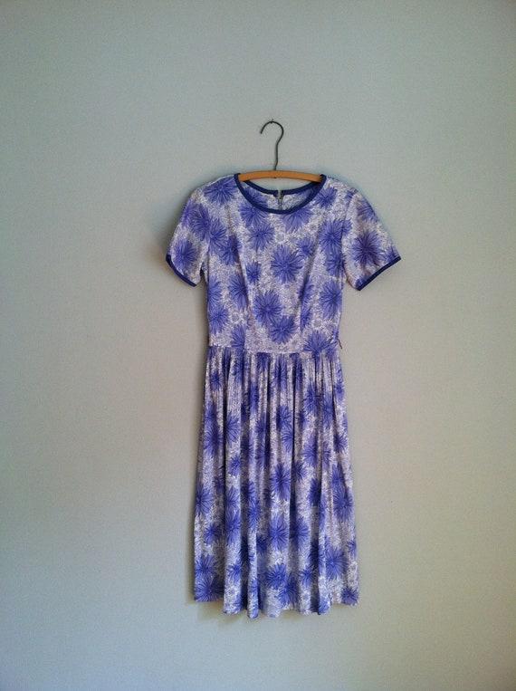 sale 1960's PURPLE HOUSE DRESS pleated skirt