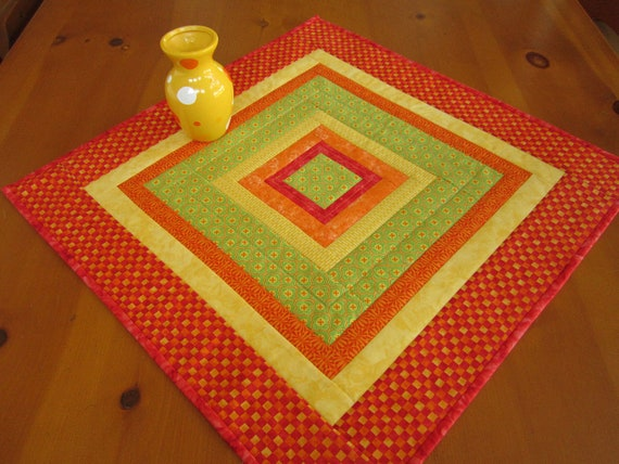 Quilted Table Topper Square, Table Decor