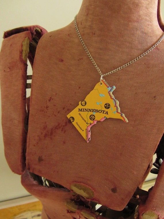 MINNESOTA State Pendant Necklace - Repurposed Vintage USA State Jigsaw Puzzle Piece