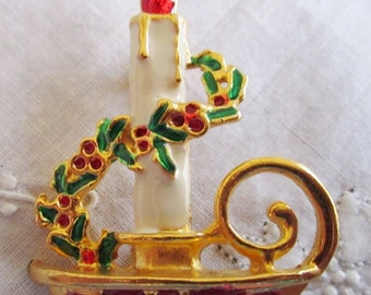 Vintage Gold Tone Christmas Candle in Candleholder with Hollyberries and Ivy Brooch