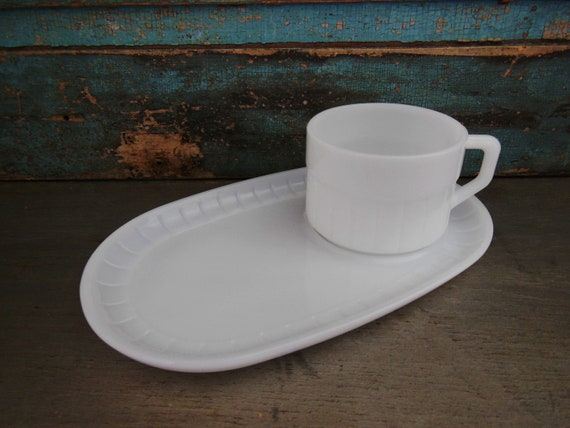 Federal Glass Snack Set Tray Milk Glass Plate Set Mug Cup