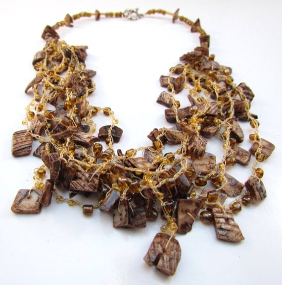 Ecuadorian Crocheted Beaded Necklace (Mercedes)