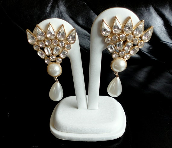 Vintage Faux Pearls and Rhinestones Sophisticated Clip Earrings
