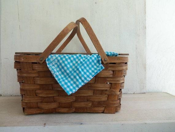 Vintage Rustic Picnic Basket