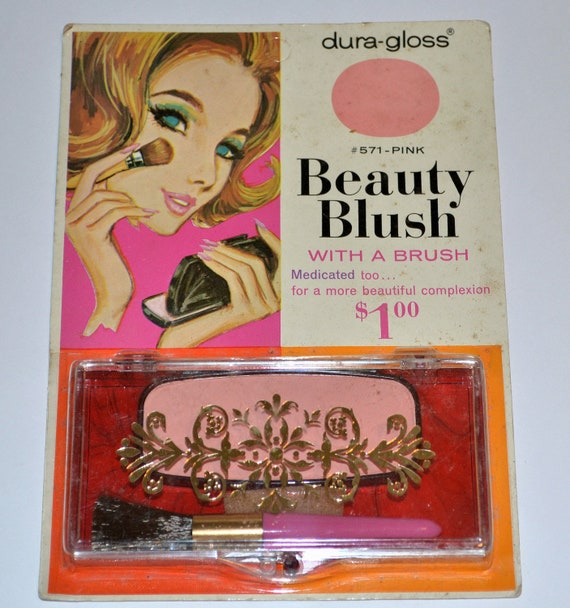 Vintage Plastic Makeup Kit on Etsy on honeybeepollen