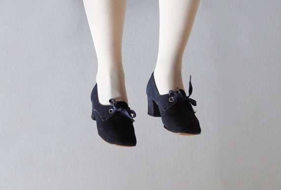 1960's navy oxford pumps 7 - 7 1/2