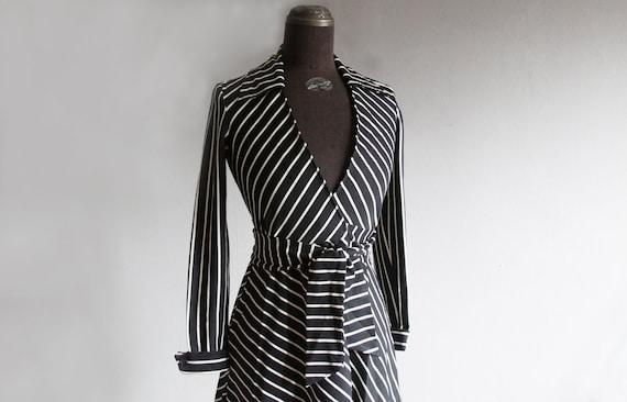 striped mini wrap dress xs